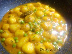 dum aloo bengali or bengali niramish aloo dum is ready to serve